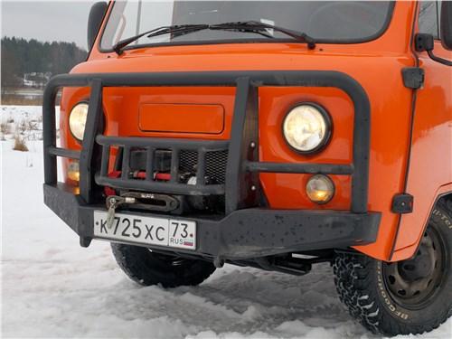 УАЗ 39099 «Экспедиция» (2018) передний бампер