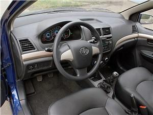 Предпросмотр faw v5 2012 водительское место