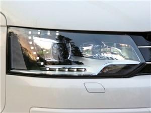 Предпросмотр volkswagen caravelle фара