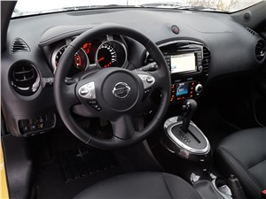 Nissan Juke 2015 салон