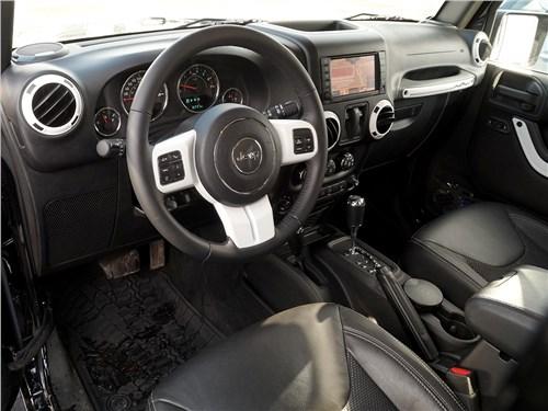 Предпросмотр jeep wrangler 2007 салон