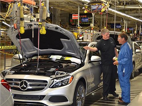 Новость про Mercedes-Benz - Завод Mercedes-Benz в России получит налоговые льготы