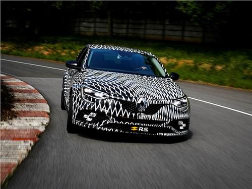 Renault Megane R.S. получит полноуправляемое шасси