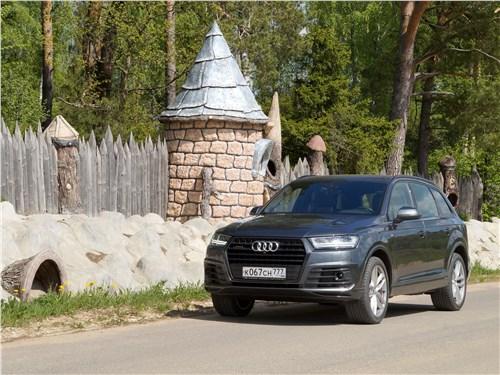 Audi Q7 - audi q7 s-line 2016 совместить несовместимое