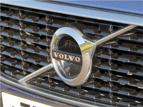 Volvo S90 2019 решетка радиатора