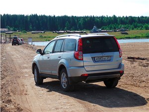 Great Wall Hover H3 2014 вид сзади