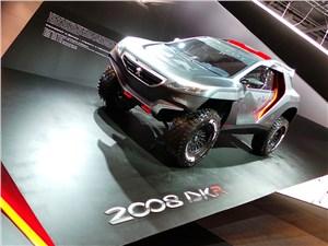 Узнаете в этом «дакаровском» монстре городской кроссовер Peugeot 2008?