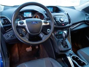 Ford Kuga 2013 салон