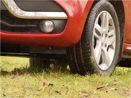 Lada XRay 2015 переднее колесо