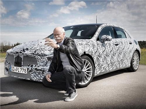 Глава Daimler показал будущий Mercedes-Benz A-Class