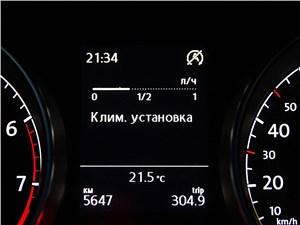 Предпросмотр volkswagen golf vii 2013 приборная панель
