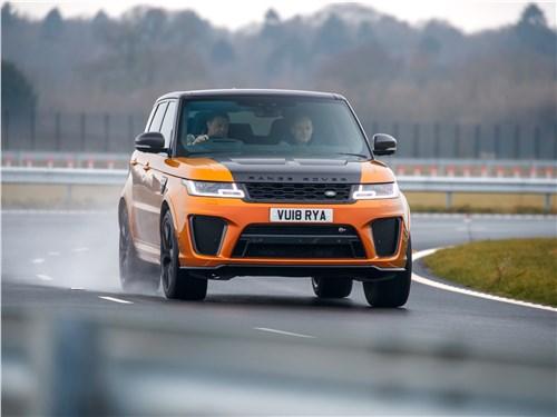 Land Rover Range Rover Sport SVR 2018 вид спереди