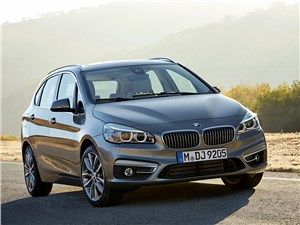 Предпросмотр bmw 2 series active tourer 2014 вид спереди фото 2