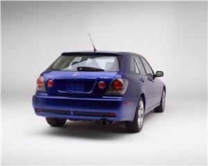 Lexus IS300 2001 универсал вид сзади