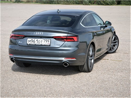 Audi A5 Sportback 2020 вид сзади