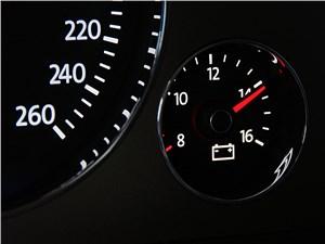 Предпросмотр volkswagen phaeton 2011 приборная панель
