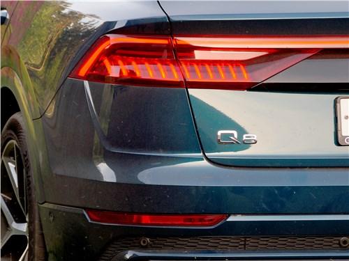 Audi Q8 2019 задний фонарь