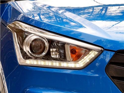 Hyundai Creta 2016 передняя фара