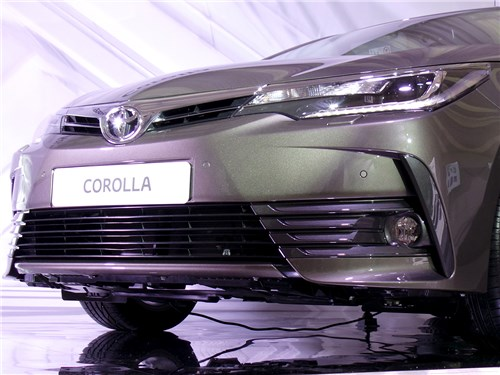Предпросмотр toyota corolla 2017 передний бампер