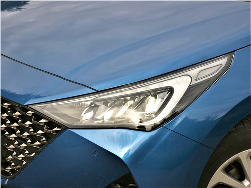 Hyundai Solaris 2020 передняя фара