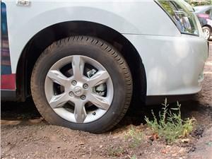 Nissan Almera 2014 передний обвес