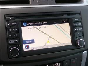 Nissan Sentra 2013 монитор