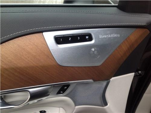 Volvo XC90 2015 дверь