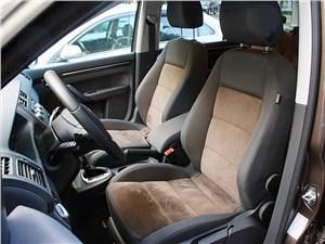Предпросмотр volkswagen touran 2011 передние кресла