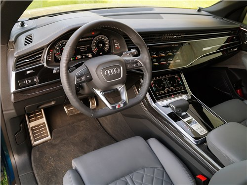Audi Q8 2019 салон
