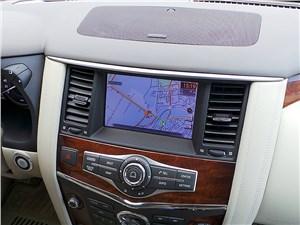 Infiniti QX80 2015 навигация