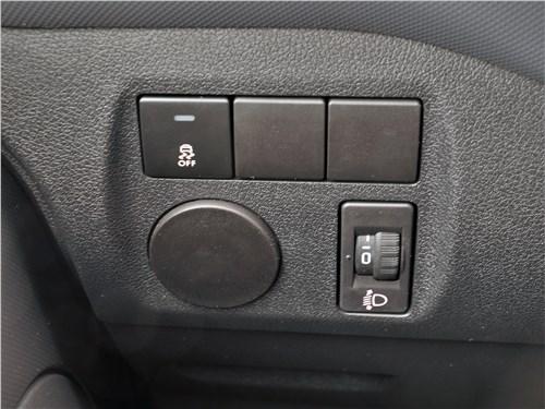 Peugeot Partner Tepee (2016) кнопки