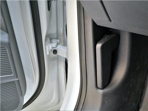 Предпросмотр volkswagen taos (2022) дверь