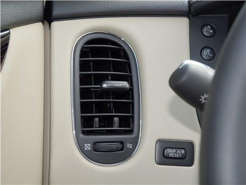 Infiniti QX50 2016 дефлектор системы вентиляции