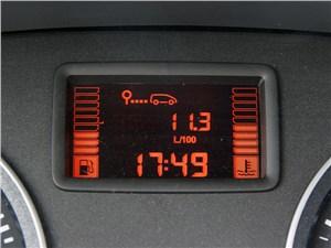 Предпросмотр nissan almera 2013 панель приборов