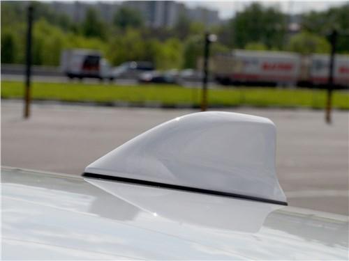 Toyota Prius 2016 антенна