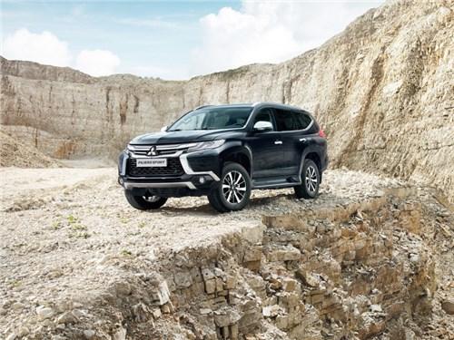 Mitsubishi назвал российские цены на новое поколение Pajero Sport