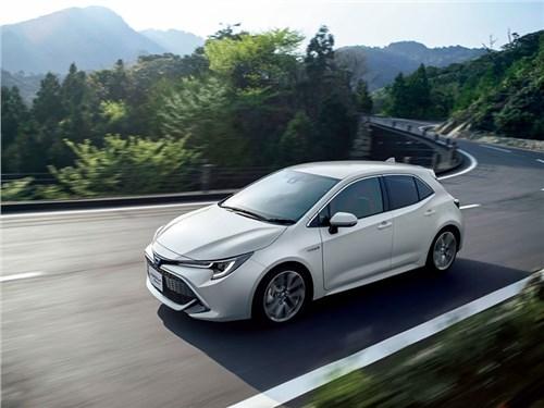 Toyota Corolla получила полный привод