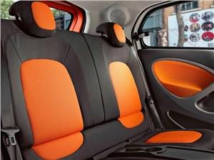 Предпросмотр smart forfour 2015 задние кресла