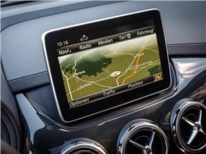 Mercedes-Benz B-Klasse 2015 планшет