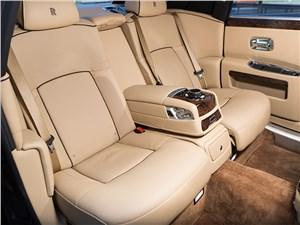 Rolls-Royce Ghost EWB 2013 задний диван