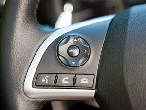 Mitsubishi Outlander 2014 кнопки управления на руле