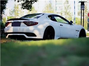 DMC / Maserati Gran Turismo вид сзади