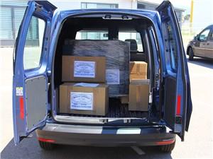 Предпросмотр volkswagen caddy 2016 багажное отделение 3