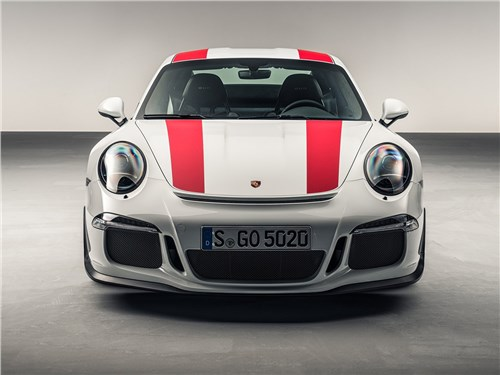 Предпросмотр porsche 911 r 2017 вид спереди