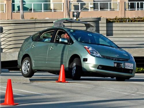 На российских дорогах появятся знаки предупреждения о наличии беспилотных авто