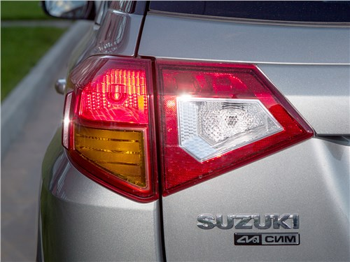 Suzuki Vitara S 2016 задний фонарь
