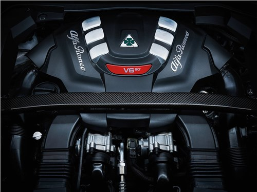 Предпросмотр alfa romeo stelvio 2017 двигатель