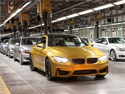 Новость про BMW - Двое рабочих приостановили производство конвейера BMW на 40 минут