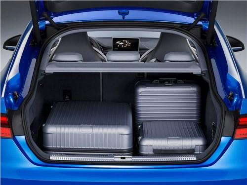 Предпросмотр audi s5 sportback 2017 багажное отделение
