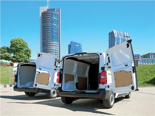 Peugeot Expert 2017 и Citroen Jumpy 2017 багажное отделение